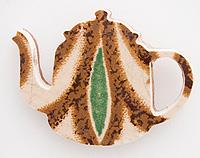 China teapot brooch with copper back