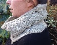 Cosy Cowl - Natural Tui