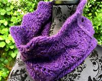 Cosy Cowl - Gothic Grape