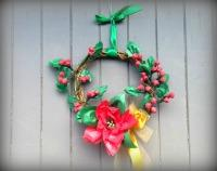 Traditional Christmas Wreath - Paper Poinsettia and Holly