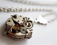 Pretty & Petite - Vintage Watch Pendant